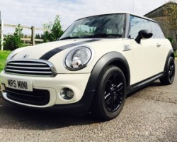 Esther has chosen this 2013 / 63 Limited Edition MINI One Baker Street In Pepper White with BIG Spec