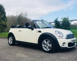 2011 / 61 MII One convertible In Pepper White with Pepper Pack