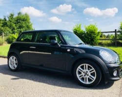 2013 / 63 MINI One 1.6 In Midnight Black with Pepper Pack & Media Pack too
