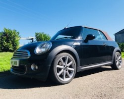 2014 / 64 LIMITED EDITION MINI ONE HIGHGATE CONVERTIBLE BLACK with Full Leather Heated Seats & So Much More – Just Serviced by MINI