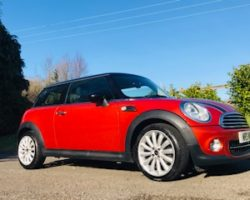 2011 / 61 MINI Cooper With Chili Pack & Low Miles Just 27K