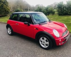 2006 / 56 MINI One AUTOMATIC with Pepper Pack In Chili Red