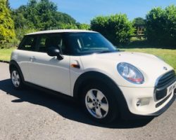 Vanessa chose this 2014 / 64 MINI One 1.2 One (Media XL) Hatchback 3dr with Sat Nav & More