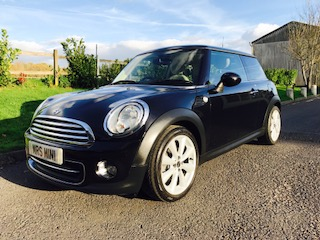 2010 / 60 MINI Cooper In Black with Chili Pack, Full History & FULL CREAM LEATHER INTERIOR