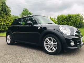 2012 / 62 Mini Cooper With Chili Pack & Low Miles