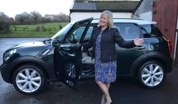 Debbie & Roy have chosen this 2011 MINI Countryman Cooper S All 4 Chili Pack In Oxford Green Metallic