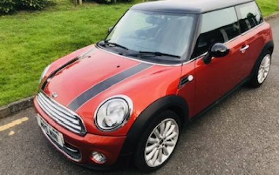 2011 / 61 MINI Cooper With Chili Pack In Spice Orange & Low Miles Just 27K
