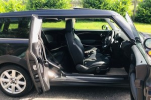 2007 57 MINI Cooper Clubman Automatic in Black with Panoramic Sunroof