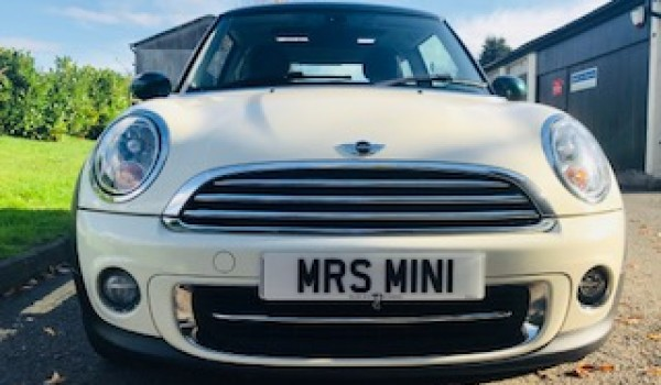 Lesley has chosen this Super Rare 2013 MINI Cooper AUTOMATIC In Pepper White with Green Park Pack & PANORAMIC SUNROOF + Half Leather