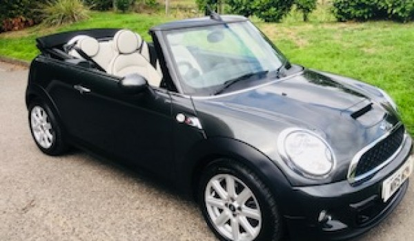 Ali chose this 2013 MINI Cooper S in Eclipse Grey with Full Cream Leather Interior