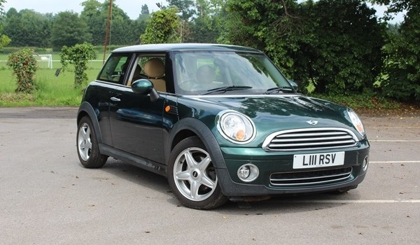 Rick & Toni have chosen this 2008 MINI Cooper AUTOMATIC with HUGE SPEC & Low Miles