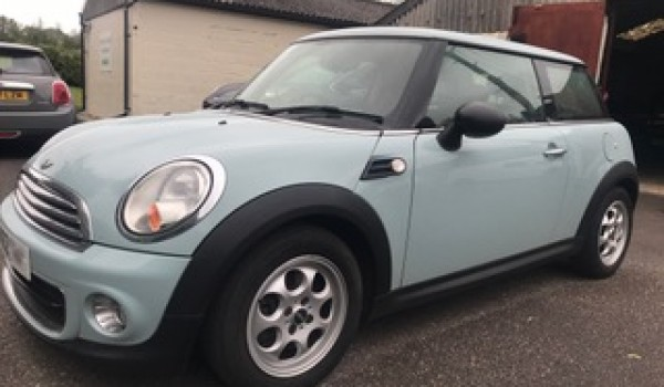 2012 / 62 MINI One AUTOMATIC in Ice Blue with Bluetooth + More