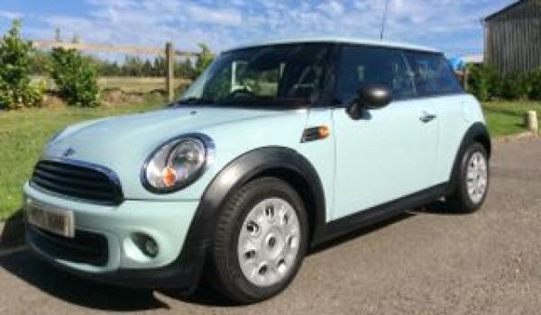 2013 Mini One In Ice Blue With Salt Pack Bluetooth Mrs Mini