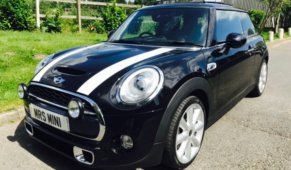 """Martin has chosen this 2014 MINI Cooper S – Stunning MINI 18K miles with Sunroof Leather & """"MINI EXCITEMENT PACKAGE"""""""