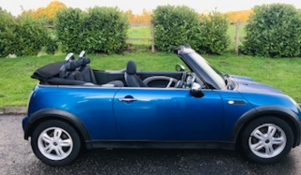 2005 MINI One Convertible with PEPPER PACK Low Miles & Bluetooth + Service History