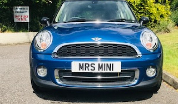 Chris & Kirsty chose this 2012/62 MINI Cooper in Lightening Blue with CHILI Pack & Low Miles