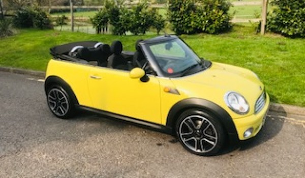 2007/57 Mini Cooper Convertible AUTOMATIC in Mellow Yellow with Pepper Pack