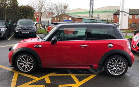 2014 Mini Cooper S with John Cooper Works Aerobodykit & High Spec