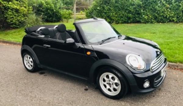 2013 Mini Cooper Convertible – A rare Automatic