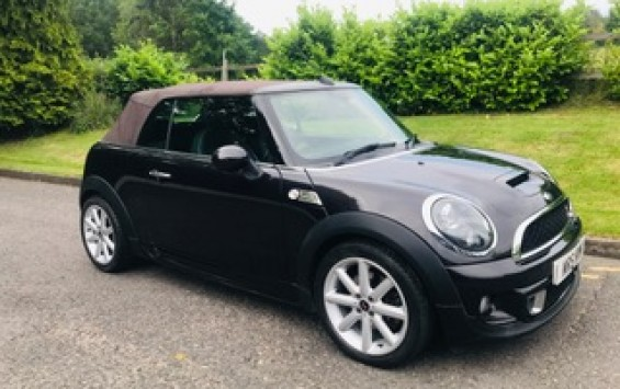 2013 / 63 Limited Edition Mini Cooper S Highgate Convertible with HUGE Spec