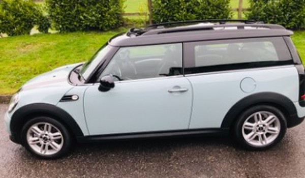 Gemma has chosen this 2012 Mini Cooper CLUBMAN AUTOMATIC in Ice Blue with HUGE SPEC SUNROOF & Just 1 lady owner from new