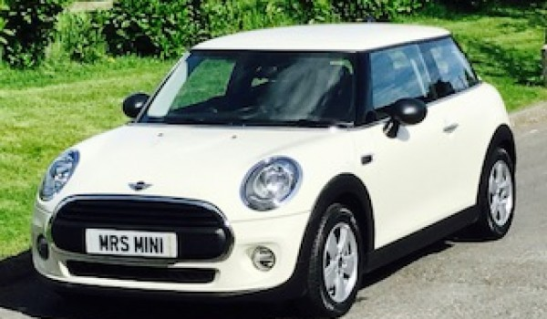 Sold As David Faye Chose This 2015 Mini One Media Xl Pack 12