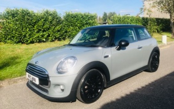 2017 Mini Cooper Auto in Moonwalk Grey with Chili Pack & More