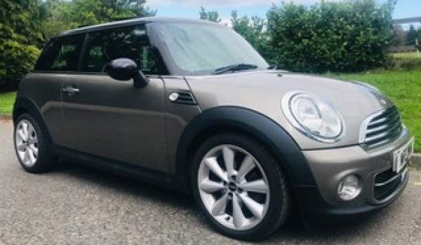 Rob has chosen this 2011 Mini Cooper D Auto with HUGE SPEC incl Sunroof, Leather & more