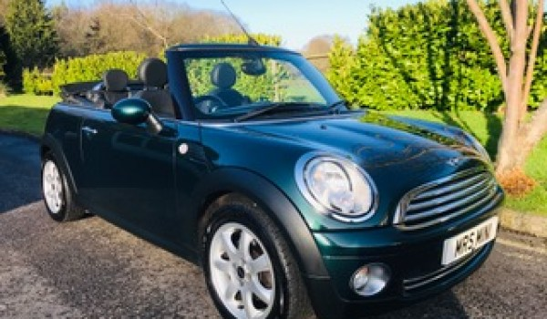 2009 / 59 Mini Cooper Convertible in Iconic British Racing Green with Full Black Leather Interior