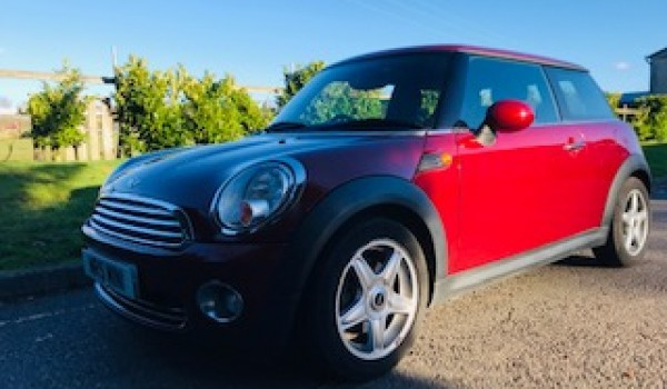 2007 MINI COOPER AUTOMATIC in Nightfire Red with Low MILES & Sat Nav Plus Pepper Pack