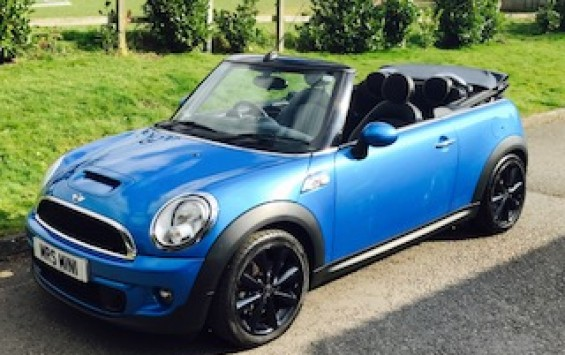 2011 Mini Cooper S Convertible in Lazer Blue with Huge Spec